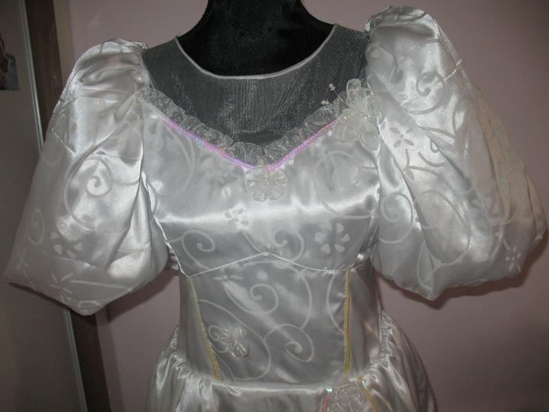 A quand les robes de princesse pour adulte ? ^^ Img_1513
