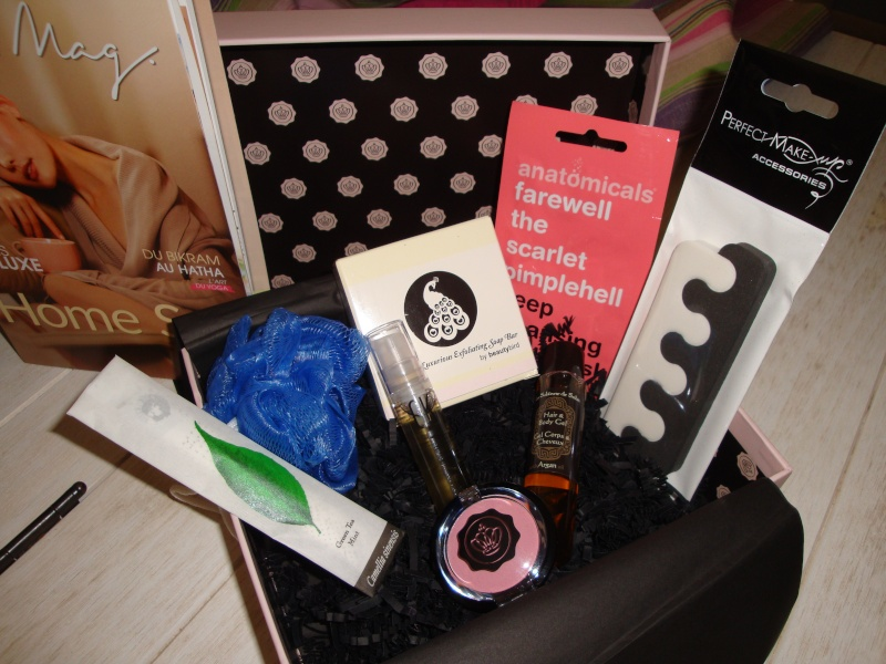 "[Octobre 2012] Glossybox ""Home Spa"" - Page 31 Glossy11"