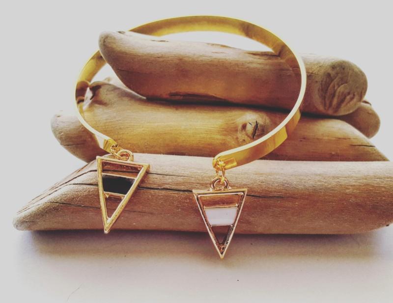 Les bracelets...100% Fait-main, au profit de l'ECQ! - Page 12 Img_2012