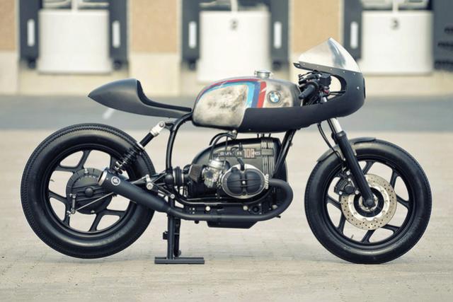 C'est ici qu'on met les bien molles....BMW Café Racer - Page 2 281010