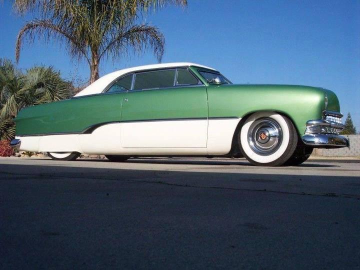 Ford 1949 - 50 - 51 (shoebox) custom & mild custom galerie - Page 6 10698410