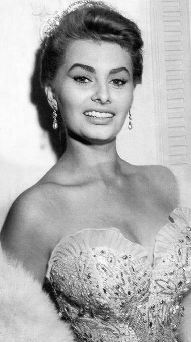 Sophia Loren 18283210
