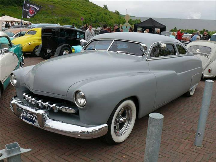 Mercury 1949 - 51  custom & mild custom galerie - Page 4 18439910