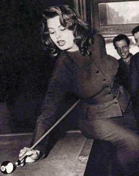 Sophia Loren 26278210