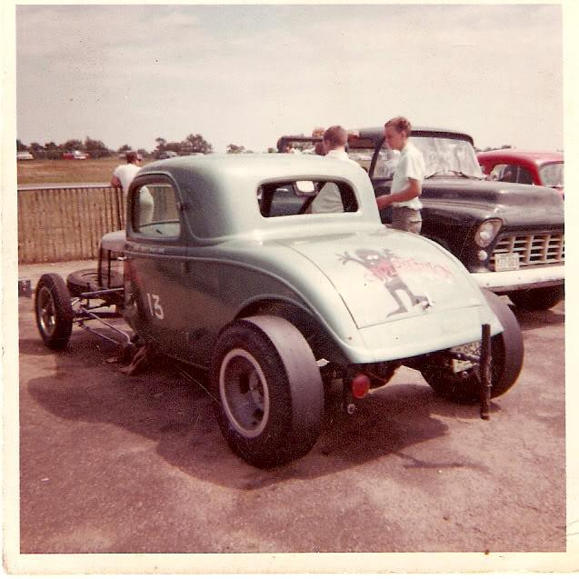 30's & 40's Ford gasser 27023110