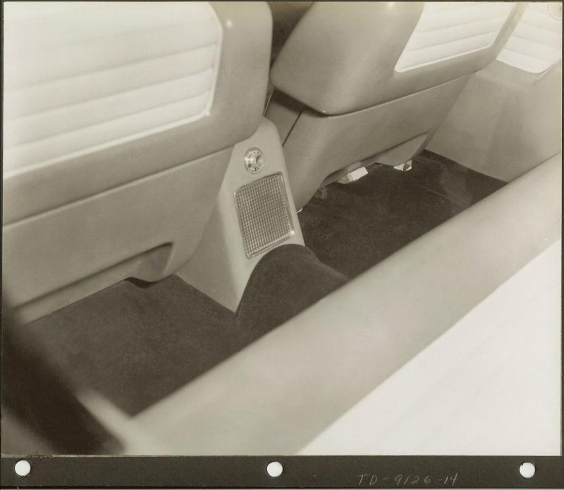 1953 Lincoln XL-500 27_53_10