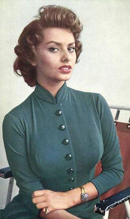 Sophia Loren 42023610