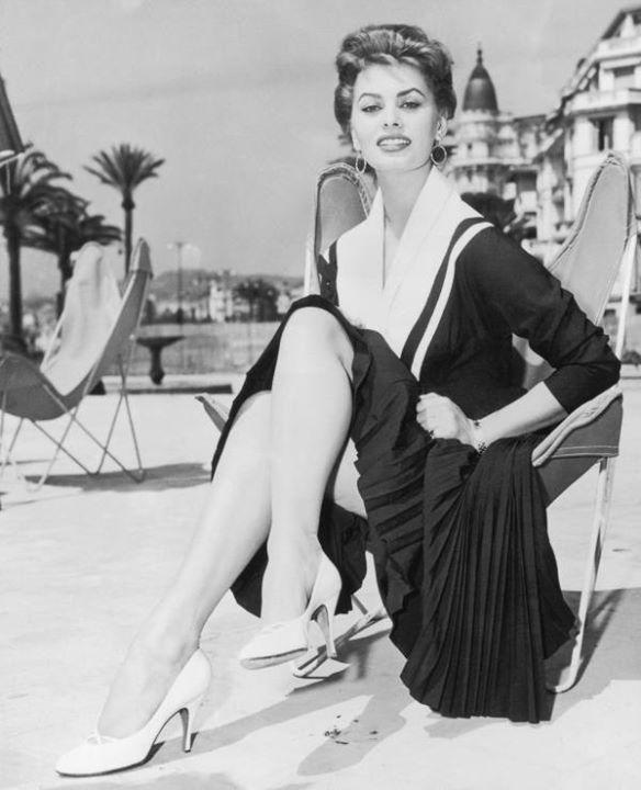 Sophia Loren 48473710