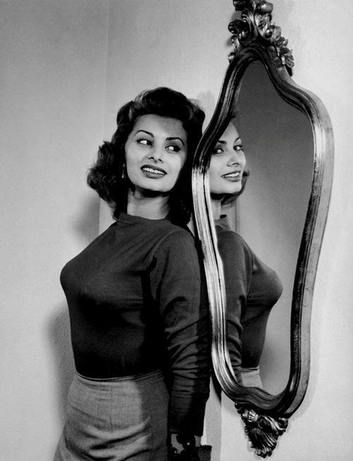 Sophia Loren 53167510