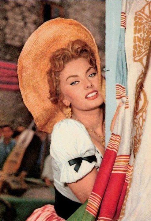 Sophia Loren 56270210
