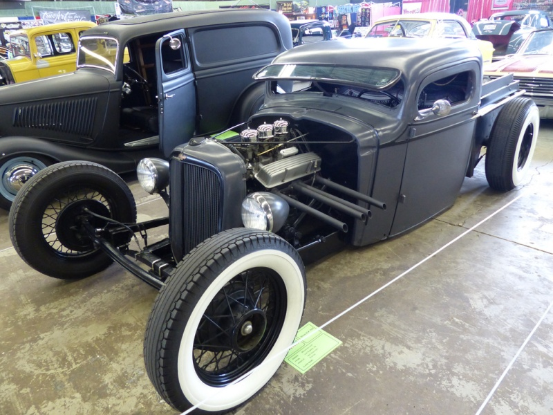 1930's Chevy hot rod 84543110