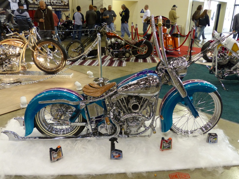 Moto Low Rider 84632811