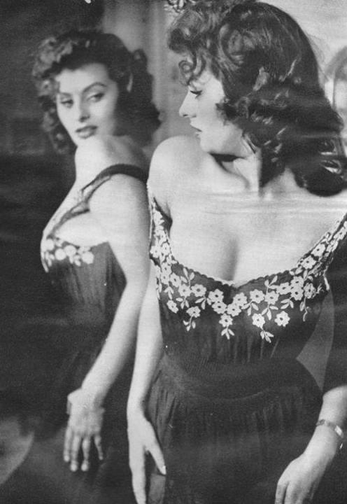 Sophia Loren 97128810
