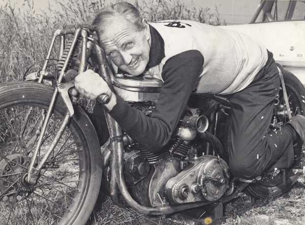 Burt Monroe - Pilote de moto de records Munro610