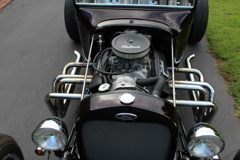 Ford T hot rod (1908 - 1927) - T rod T2ec1639