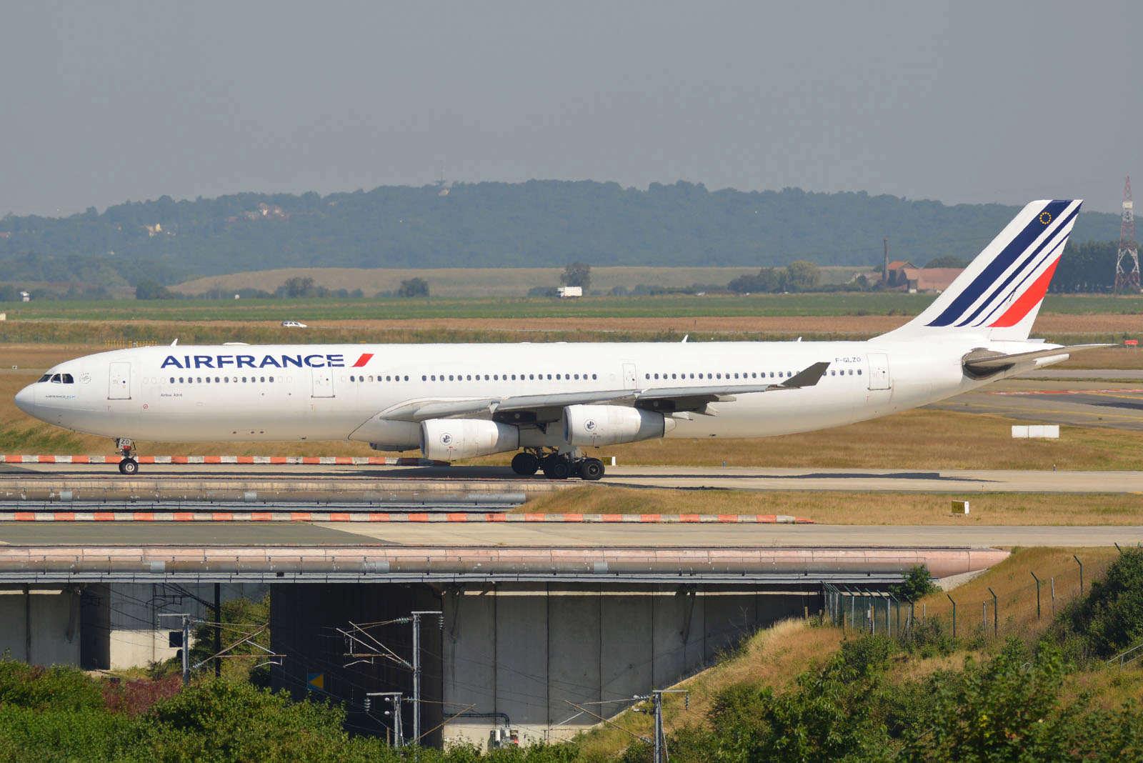 PARIS CDG Aout 2016 By Franck 405711