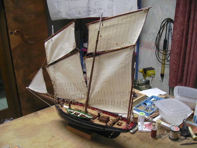 BISQUINE au 1/40 Kit Billing Boats modifié Xavero - Page 10 Bild0514