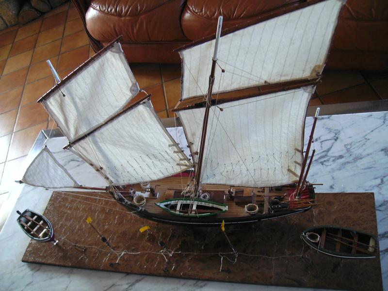 BISQUINE au 1/40 Kit Billing Boats modifié Xavero - Page 10 Bild0523