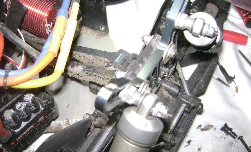 Les  Mugen MBX5R & MBX5T - pas comme les autres de Trankilou & Trankilette - Page 20 08_02_37