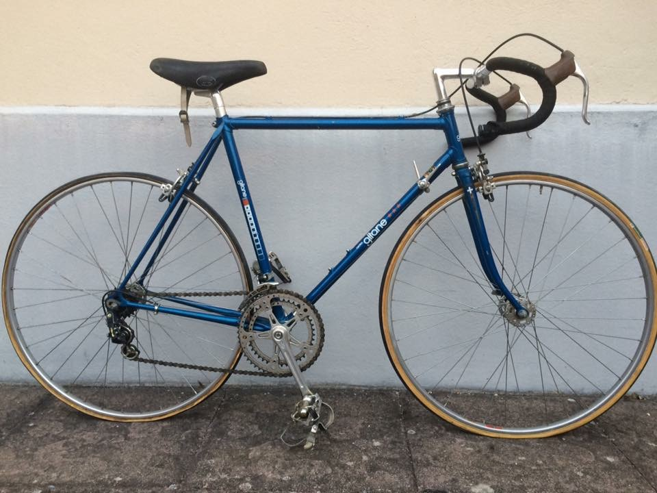 Gitane  bleu Nation full Reynolds de 1978  Img_0763
