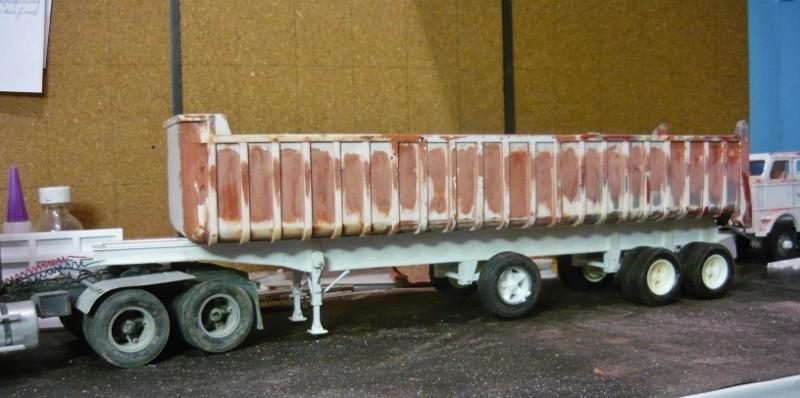 Dump trailer Fruheuf .  P1150113