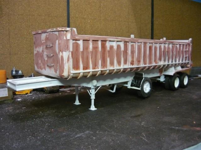 Dump trailer Fruheuf .  P1150120