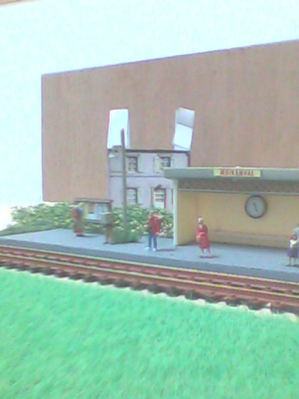 Moiranval (diorama) [SUJET CLOS] Pere_f10