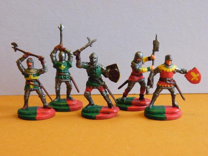 Neue Figuren (rot-grüne Armee) Dscf7812