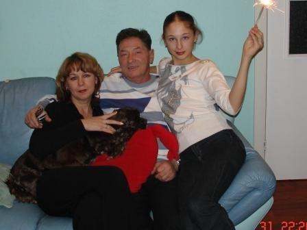 Les photos de gymnastes avec leur famille (soeur ,mère, père) X_265510