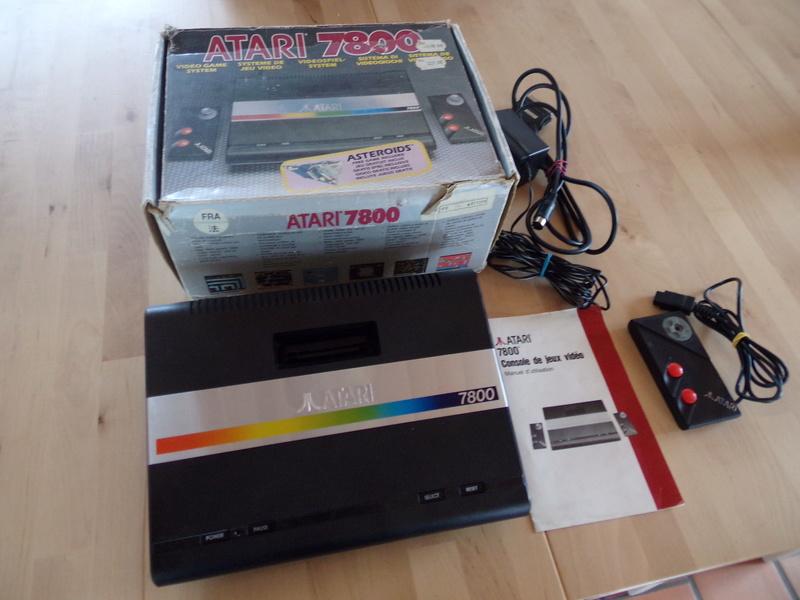 [Estim] Atari 7800 en boite 105_0810