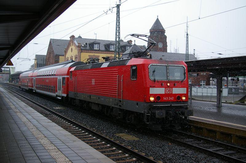 Was die Züge so bewegt ... - Seite 7 143_2410
