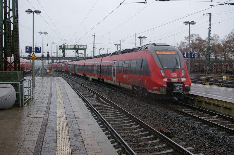 Was die Züge so bewegt ... - Seite 7 442_2811
