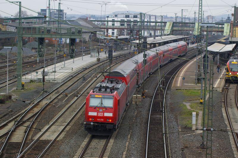 Was die Züge so bewegt ... - Seite 6 Imgp2517