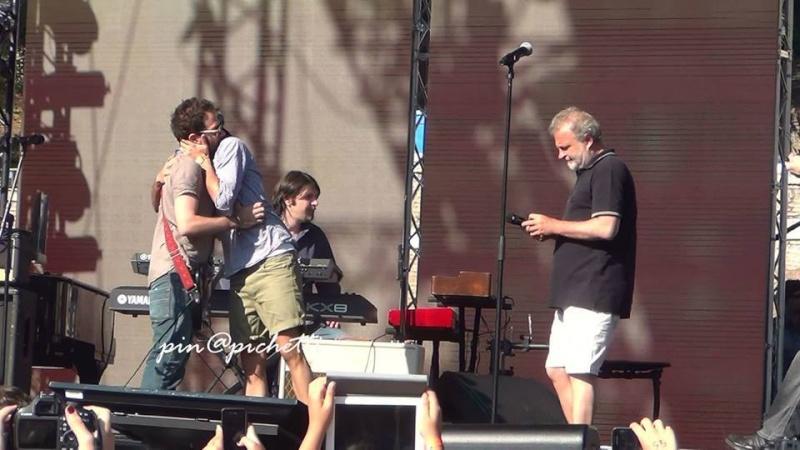 FOTO Concerti e live vari (no Tour) - Pagina 16 10443510