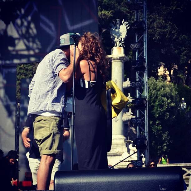 FOTO Concerti e live vari (no Tour) - Pagina 16 10448110