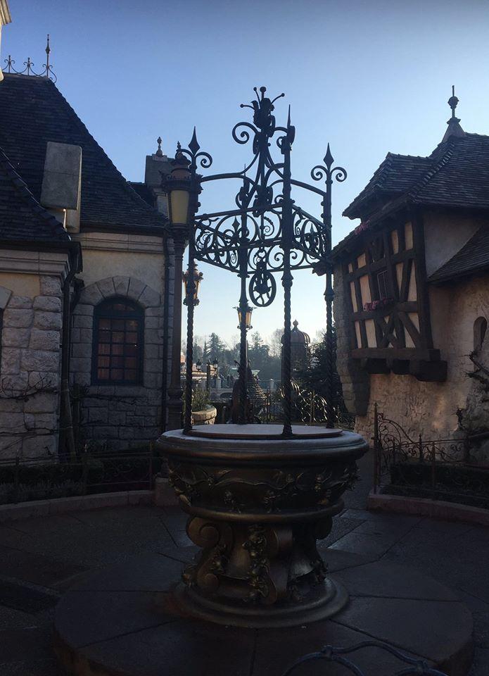 [Nouveau] Les cadenas d'amour à Disneyland Paris (dès le 14 février 2017) 16462910
