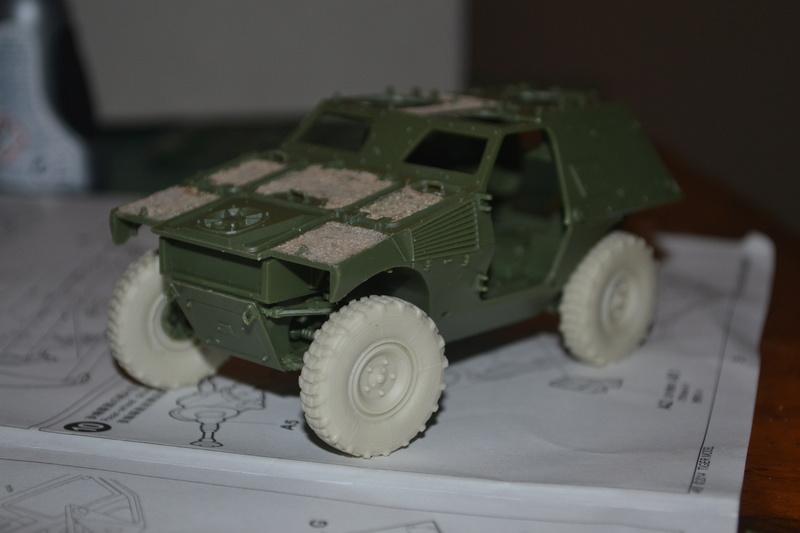 VBL x  2 [soixante17-kerojp4] - Tiger Model 1/35 - Page 2 Dsc_0113