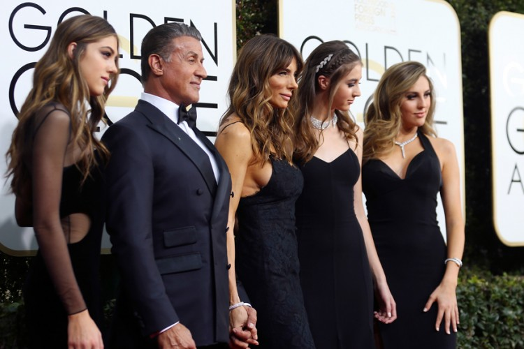 بنات جميلة