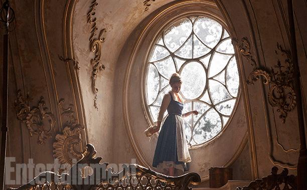 La Belle et la Bête [Disney - 2017] - Sujet d'avant-sortie  - Page 37 Ew-00011