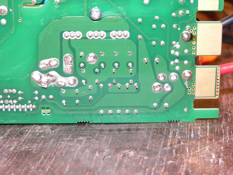 Chargeur 1800W / 40..60V et 1,5 kg (origine serveur) - Page 2 P1180214