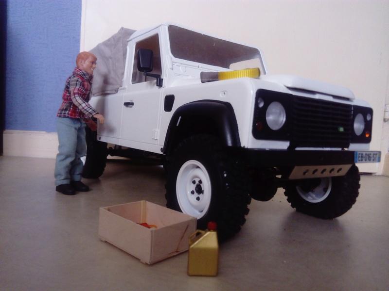 RC4WD - Land Rover Defender D110 Pick Up bâché  Dsc_0510