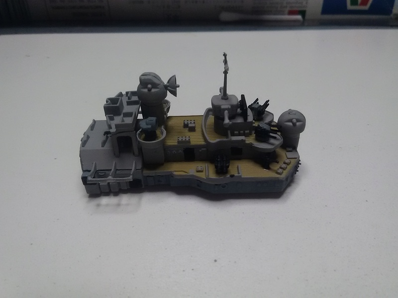 Le Tirpitz avec ou sans dio???????? Img_2048