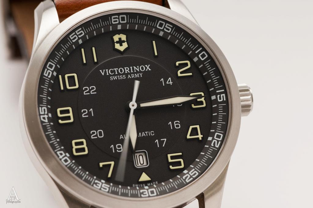 victorinox - Le club des heureux possesseurs de VICTORINOX - Page 31 Dsc_1212