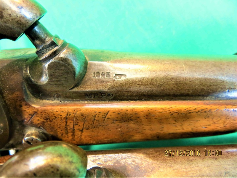 Pistolet de gendarmerie 1842 Img_5121