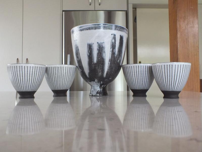 Simon and Tineke Engelhard: Modernist potters Dscf9812