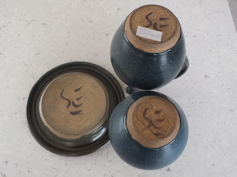 Simon and Tineke Engelhard: Modernist potters Dscf9814