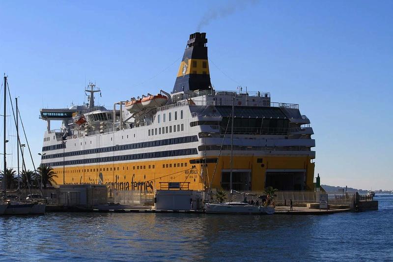 [Les Ports Militaires de Métropole] Visite de la rade de Toulon - Page 10 Img_6412