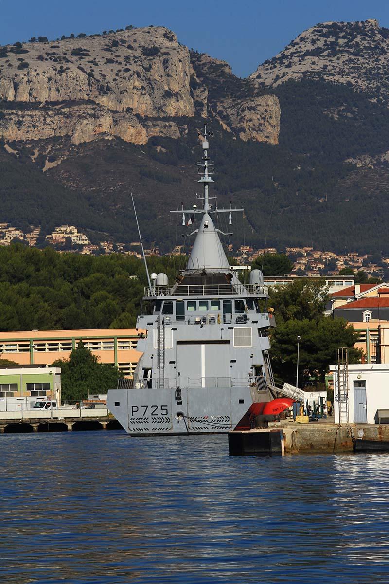 [Les Ports Militaires de Métropole] Visite de la rade de Toulon - Page 10 Img_6518