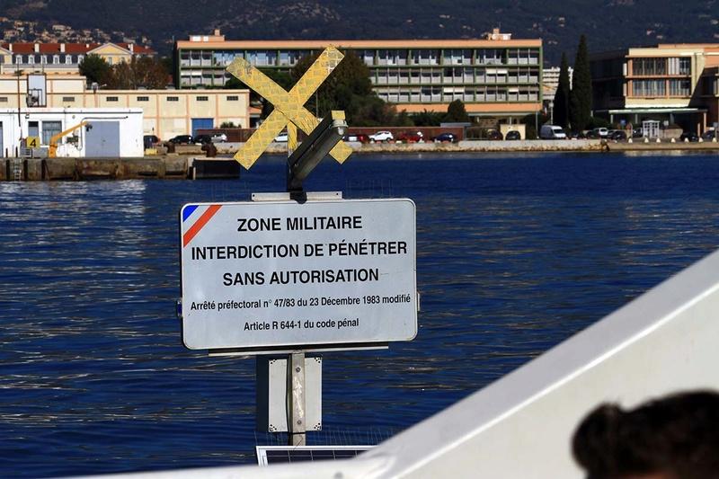 [Les Ports Militaires de Métropole] Visite de la rade de Toulon - Page 10 Img_6524