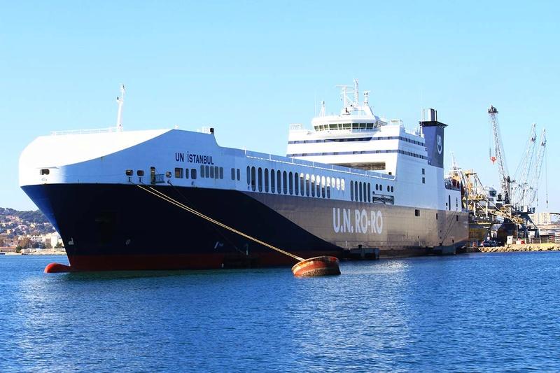 [Les Ports Militaires de Métropole] Visite de la rade de Toulon - Page 10 Img_6525